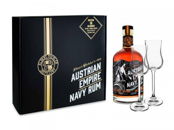 detail Austrian Empire Navy Rum Solera 18y GB+2xsklo 0,7L 40%