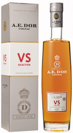 detail AE DOR Selection VS 0,7L 40%